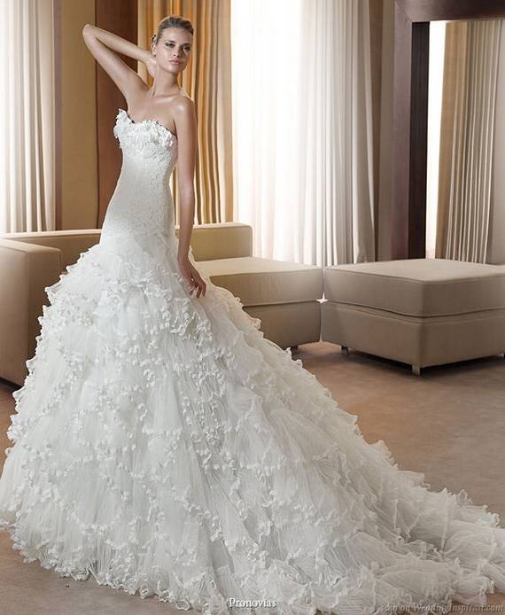 2013 Spanish Style Wedding Dresses