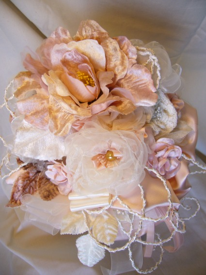 Powder Pink: accessories wedding unique, romantic and hand made