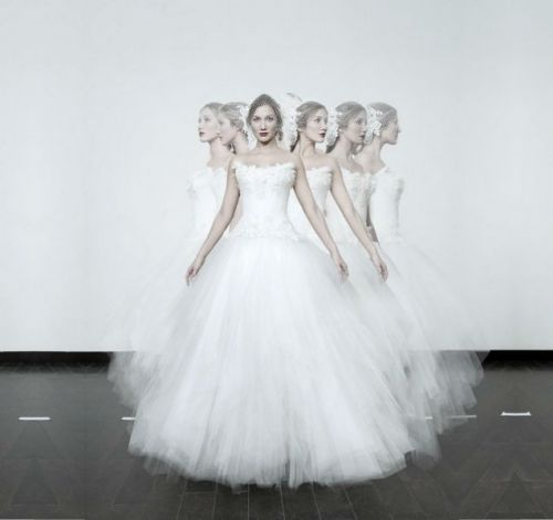 Nicolas Fafiotte: wedding dresses custom, made in France