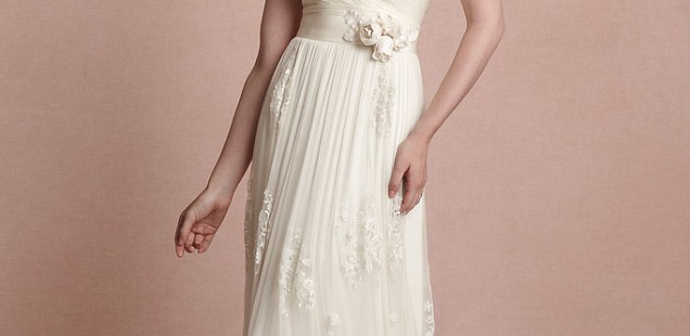 Top 10 perfect beach wedding dresses of 2014