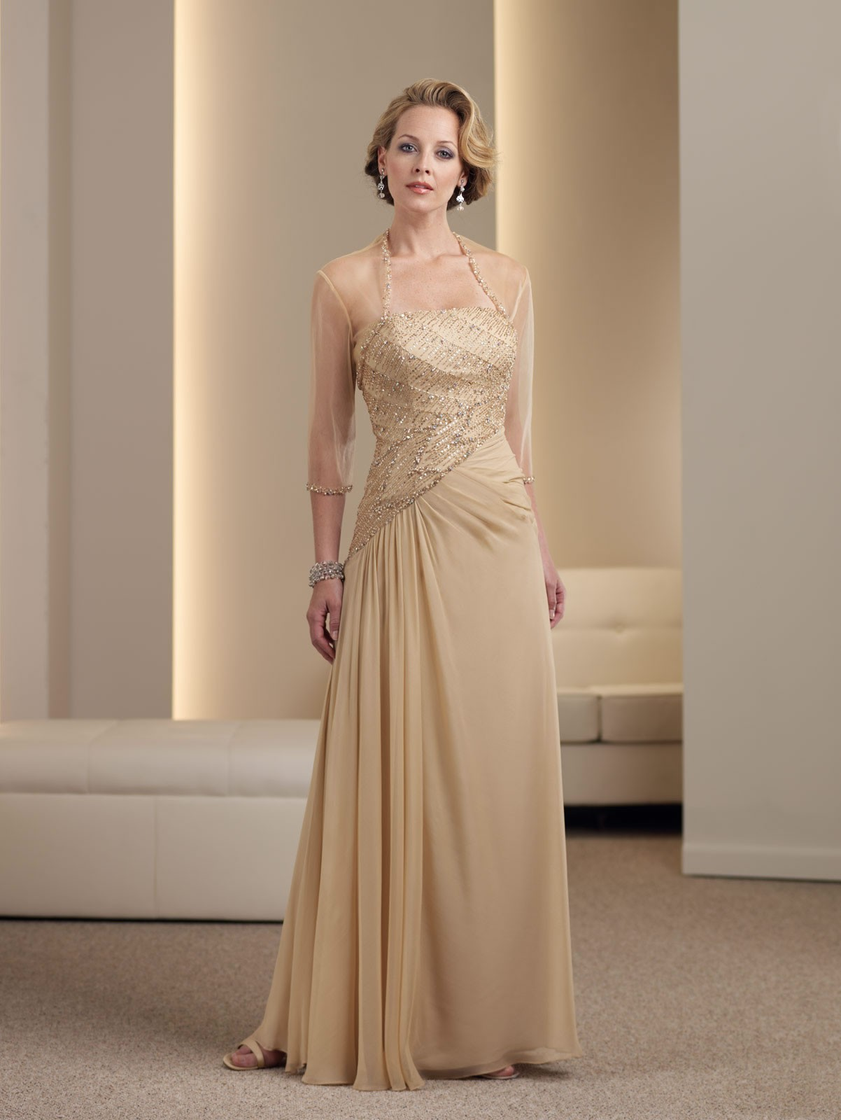 Tips: Choosing a Mother of the Bride Dress