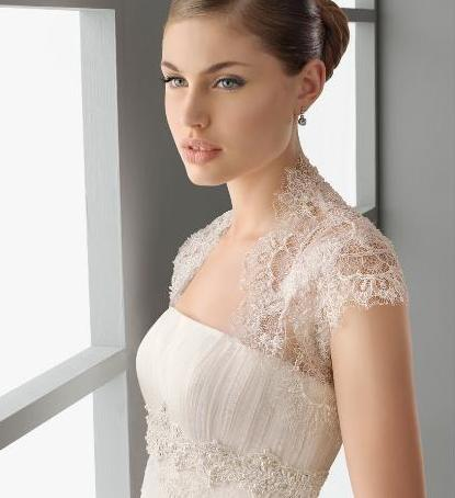 Bridal Accessories for this season: boleros, tops and jackets
