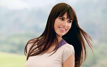 Look hair down, elegant hairstyles:easy to make