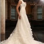 10 romantic wedding dresses 2013