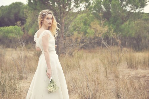 Comfortable and Refined 2012 Wedding Dresses